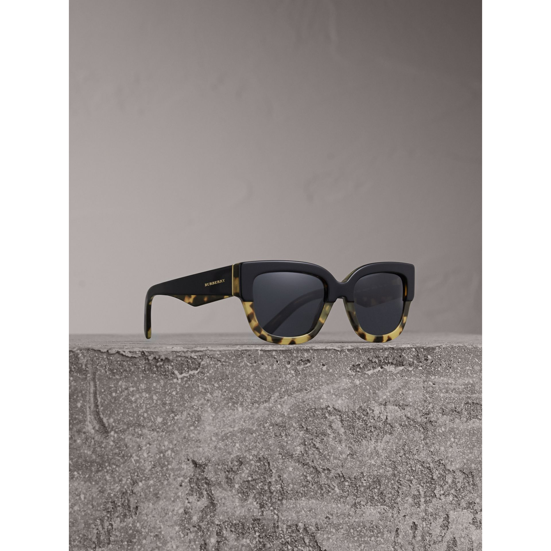 Two-tone Square Frame Sunglasses in Black - Women | Burberry - gallery image 0