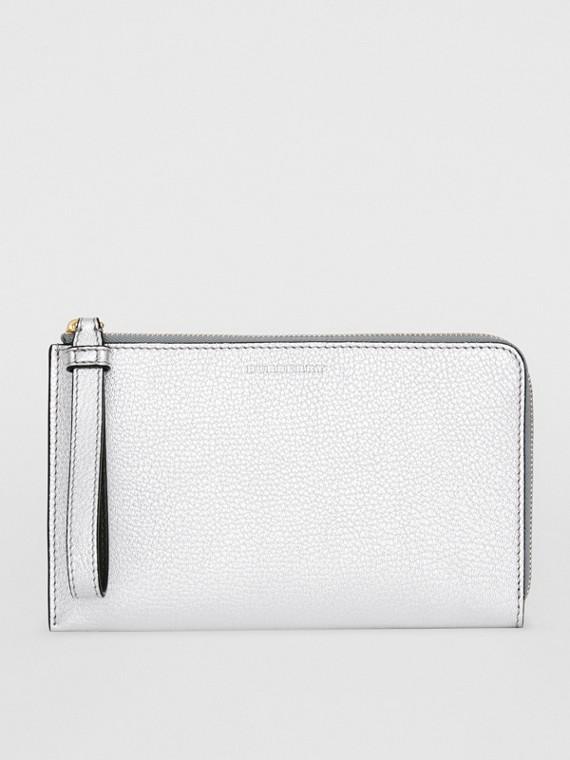 Reisebrieftasche aus Metallic-Leder in Zweitonoptik (Silberfarben)