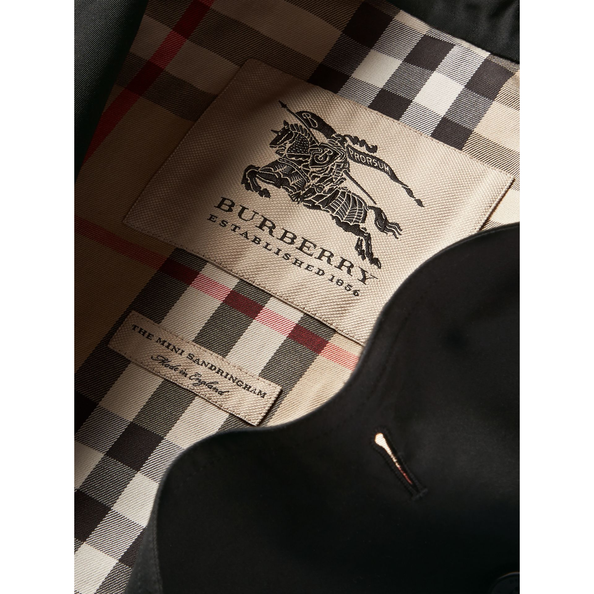 The Sandringham - Trench coat Heritage (Nero) - Bambina | Burberry - immagine della galleria 6