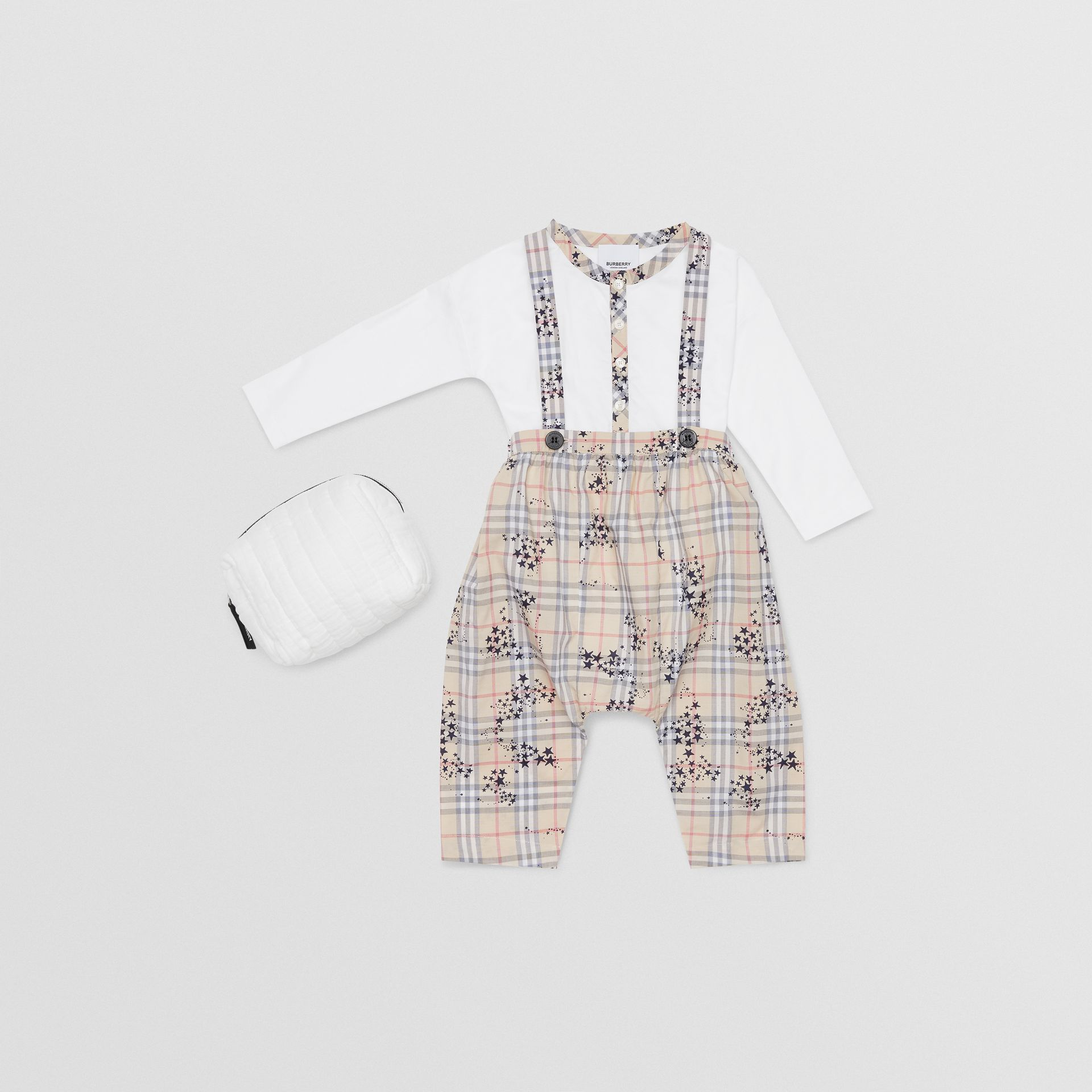 Star Print Check Cotton Two-piece Baby Gift Set in Bright Navy - Children | Burberry - gallery image 0