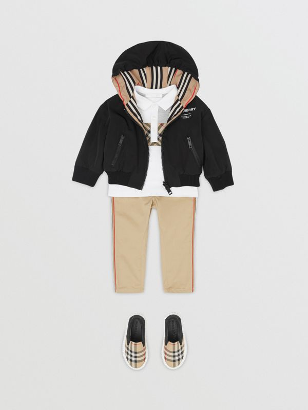 Reversible Icon Stripe Hooded Jacket in Black - Children | Burberry Singapore - cell image 3