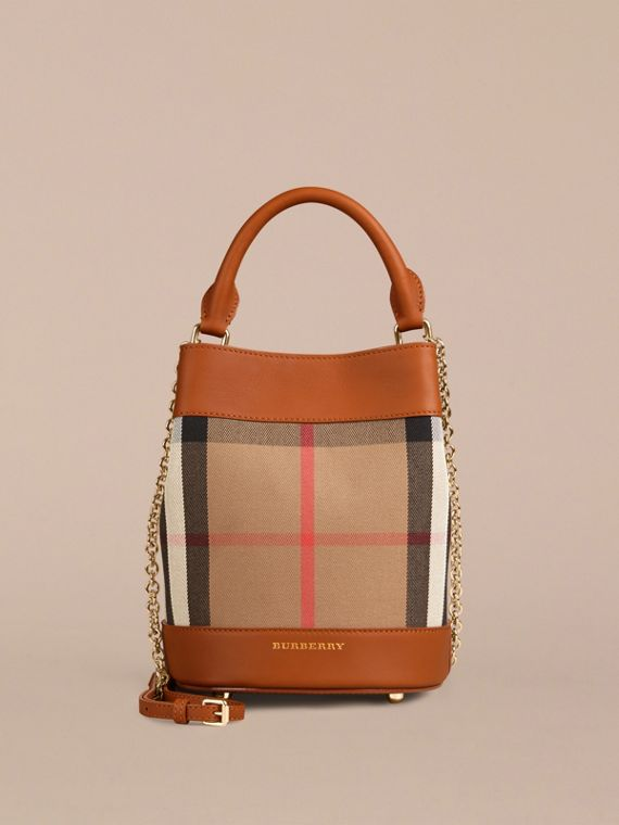 Light toffee The Small Bucket Bag in House Check and Leather Light Toffee - cell image 3