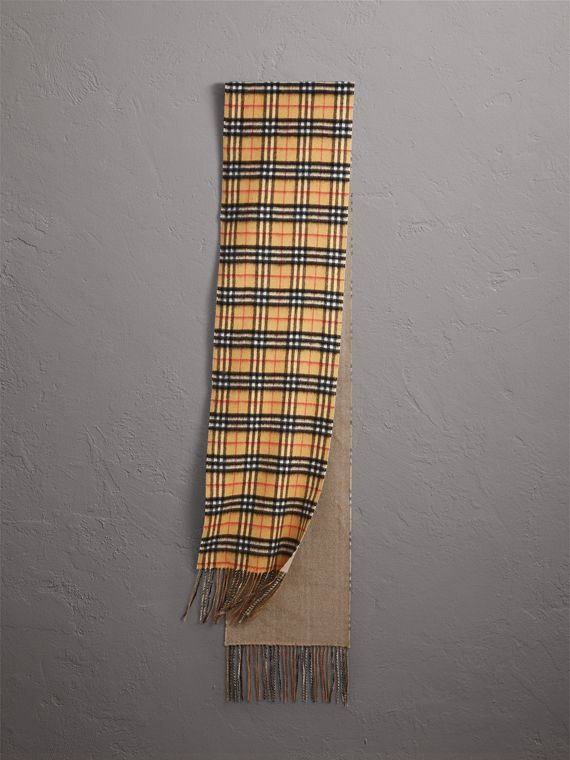 Long Reversible Vintage Check Double-faced Cashmere Scarf in Sandstone