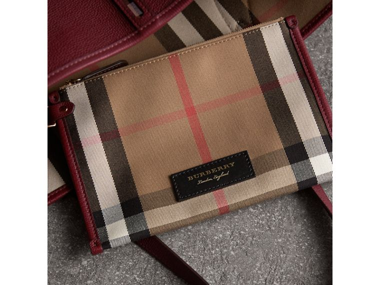 Medium Grainy Leather Tote Bag in Mahogany Red - Women | Burberry - cell image 4