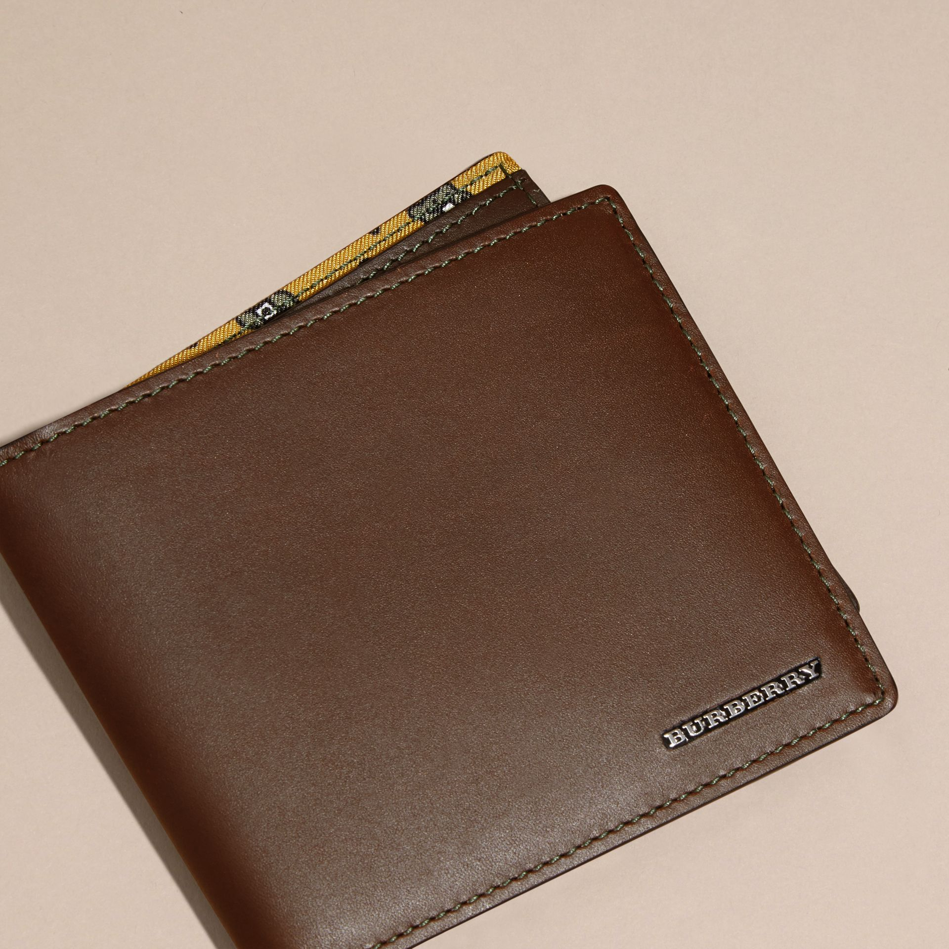 Sepia brown Smooth Leather Folding Wallet Sepia Brown - gallery image 3