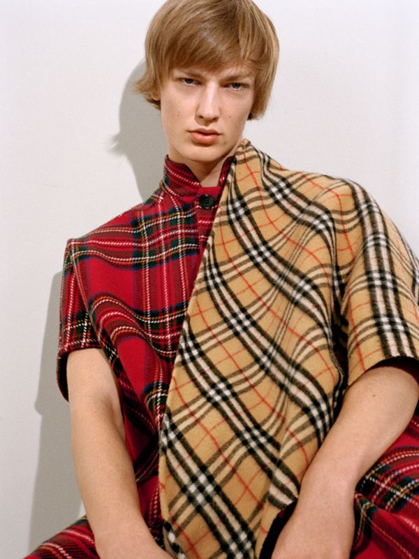 The Burberry Bandana in Vintage check