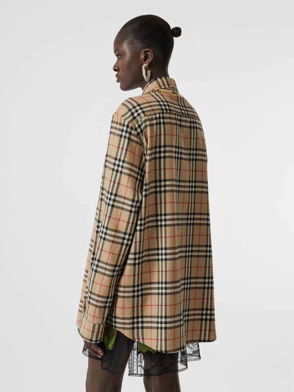 Chain Detail Vintage Check Cotton Flannel Shirt in Archive Beige - Women | Burberry - cell image 2