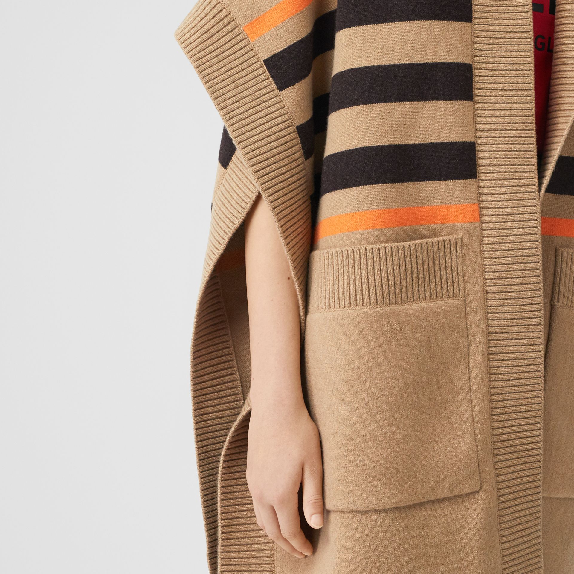 Monogram Motif Intarsia Wool Cashmere Blend Cape in Archive Beige - Women | Burberry Canada - gallery image 4