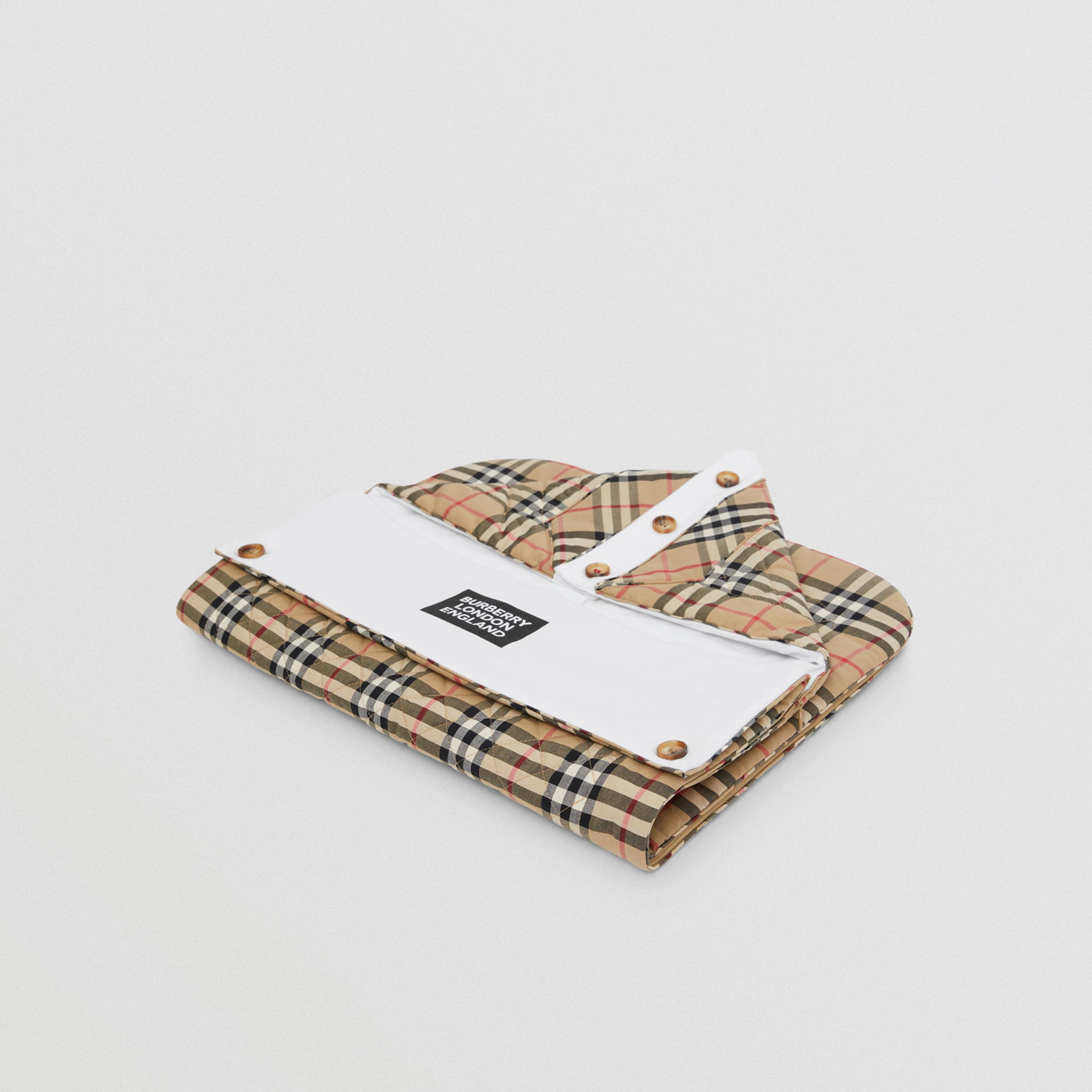 Logo Print Vintage Check Cotton Baby Nest in Archive Beige - Children | Burberry - 1