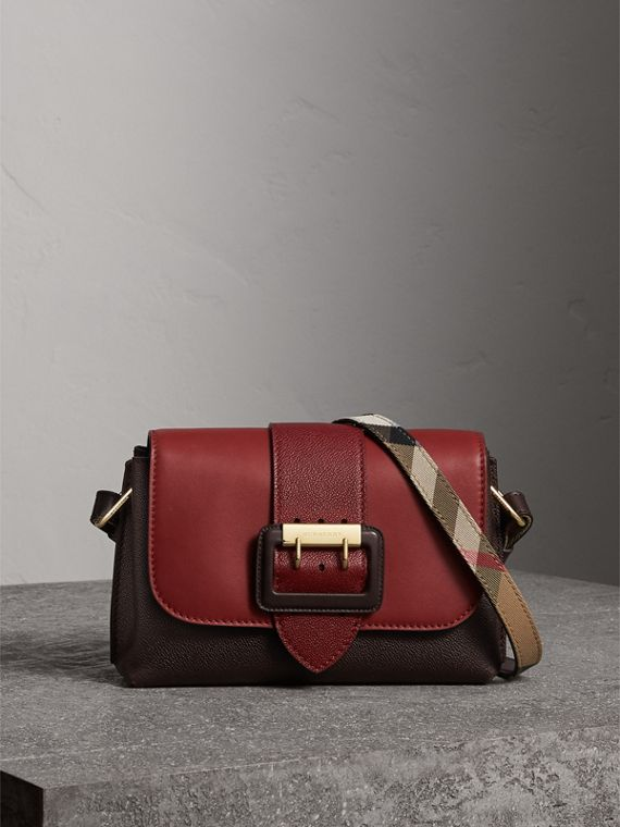 The Buckle Crossbody Bag in Colour-block Leather in Burgundy