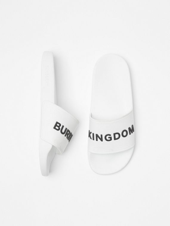 Kingdom Motif Slides in Optic White