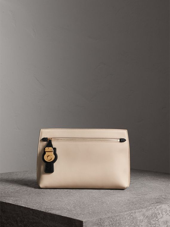 Two-tone Trench Leather Wristlet Pouch in Limestone/black - Women | Burberry