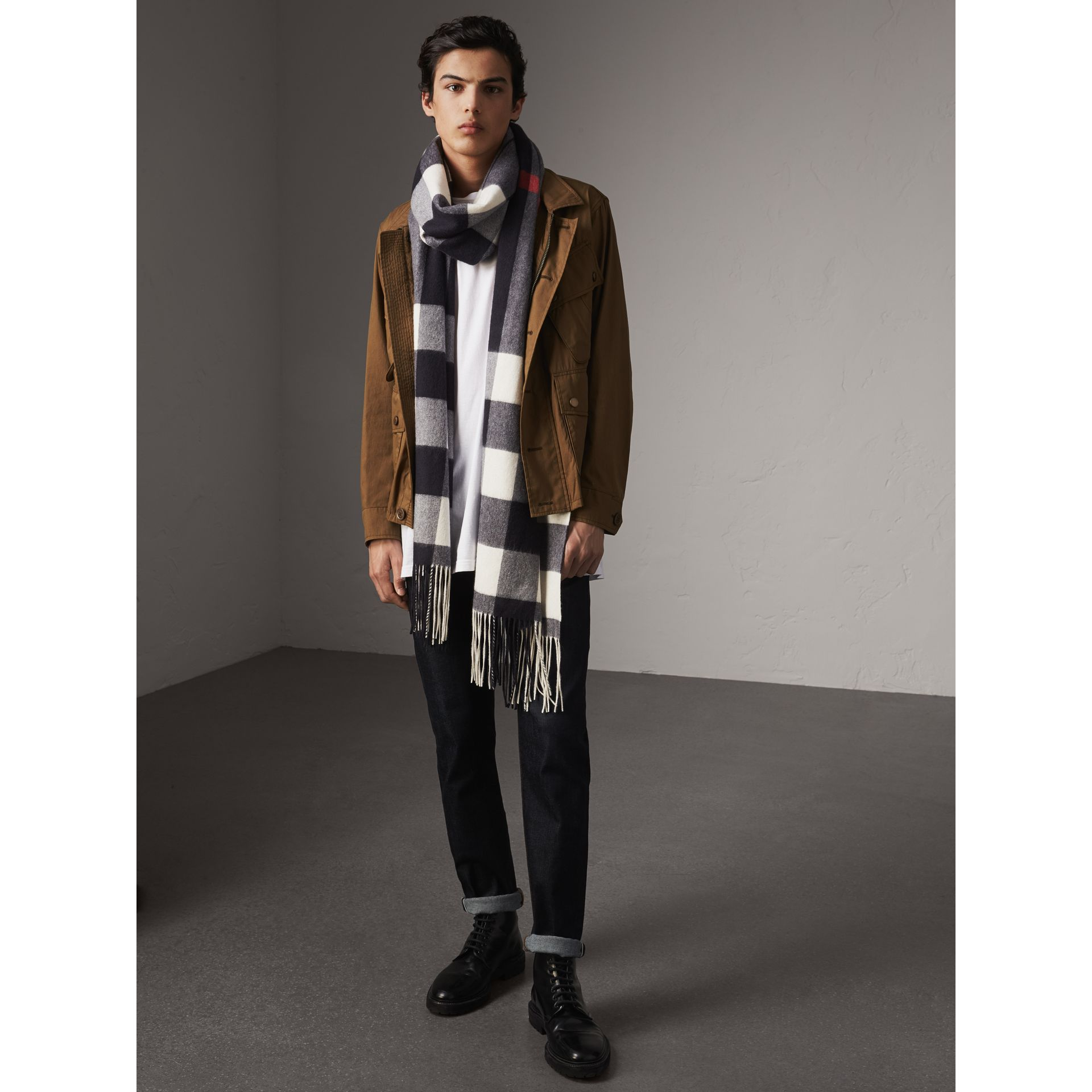 Oversize Check Cashmere Scarf in Navy - Women | Burberry - gallery image 3