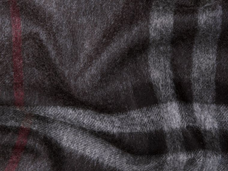 Charcoal check The Classic Cashmere Scarf in Check Charcoal - cell image 4