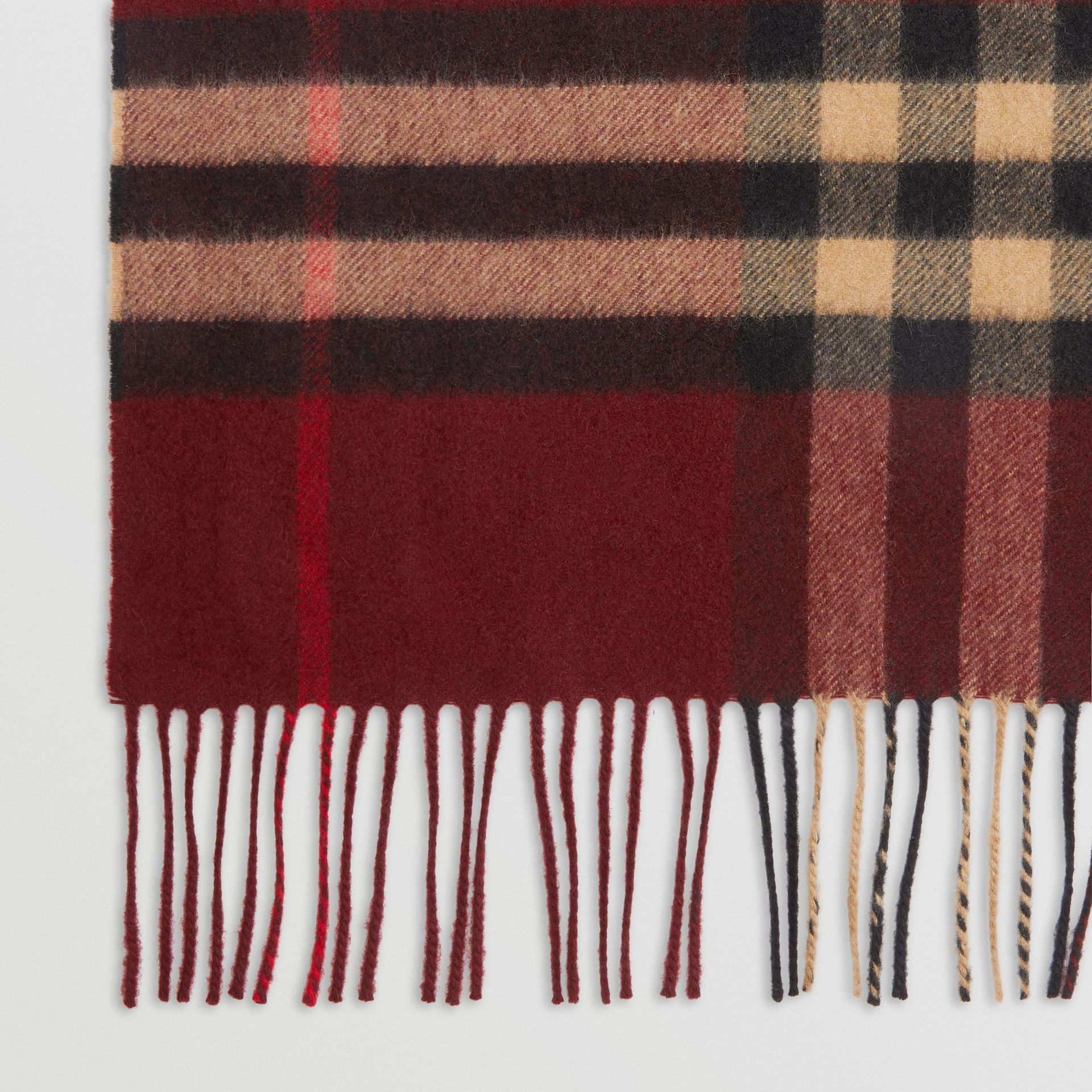 The Classic Check Cashmere Scarf in Claret | Burberry - gallery image 1