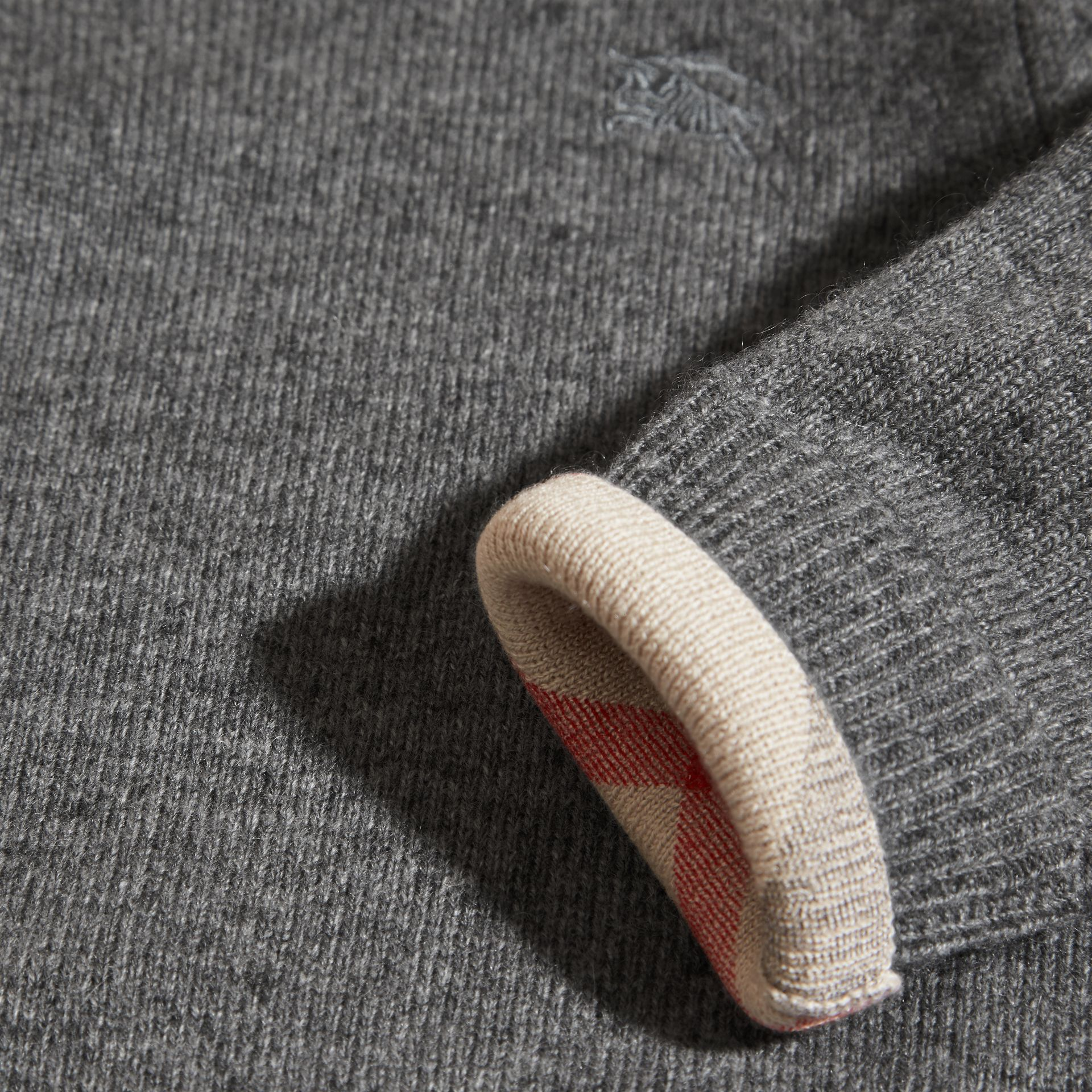 Check Detail Cashmere Sweater in Mid Grey Melange | Burberry - gallery image 2