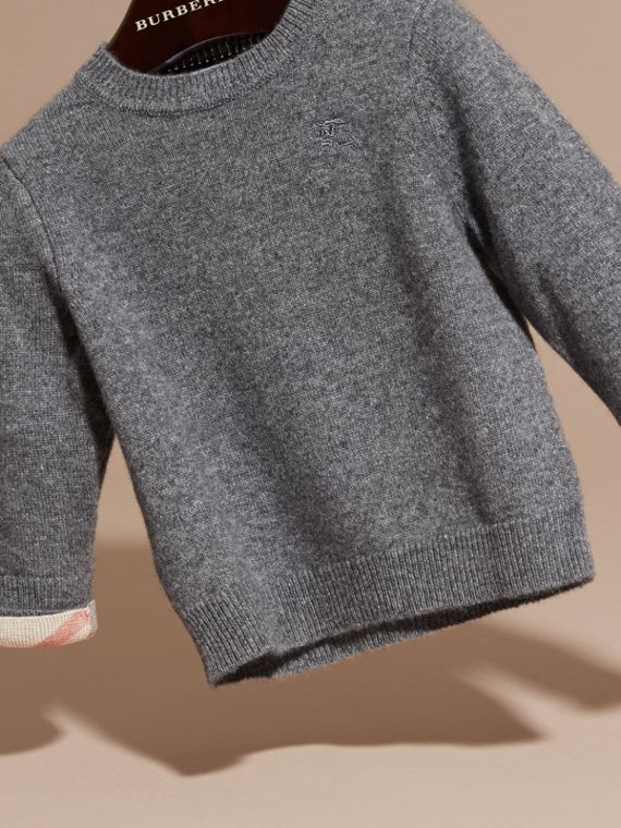 Check Detail Cashmere Sweater in Mid Grey Melange | Burberry - cell image 2