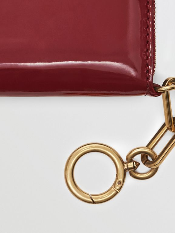 Link Detail Patent Leather Ziparound Wallet in Crimson - Women | Burberry United Kingdom - cell image 1