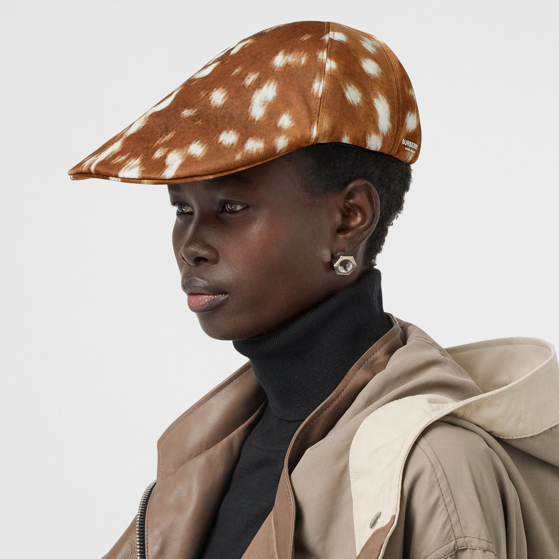 Deer Print Nylon Flat Cap in Tan | Burberry - gallery image 2