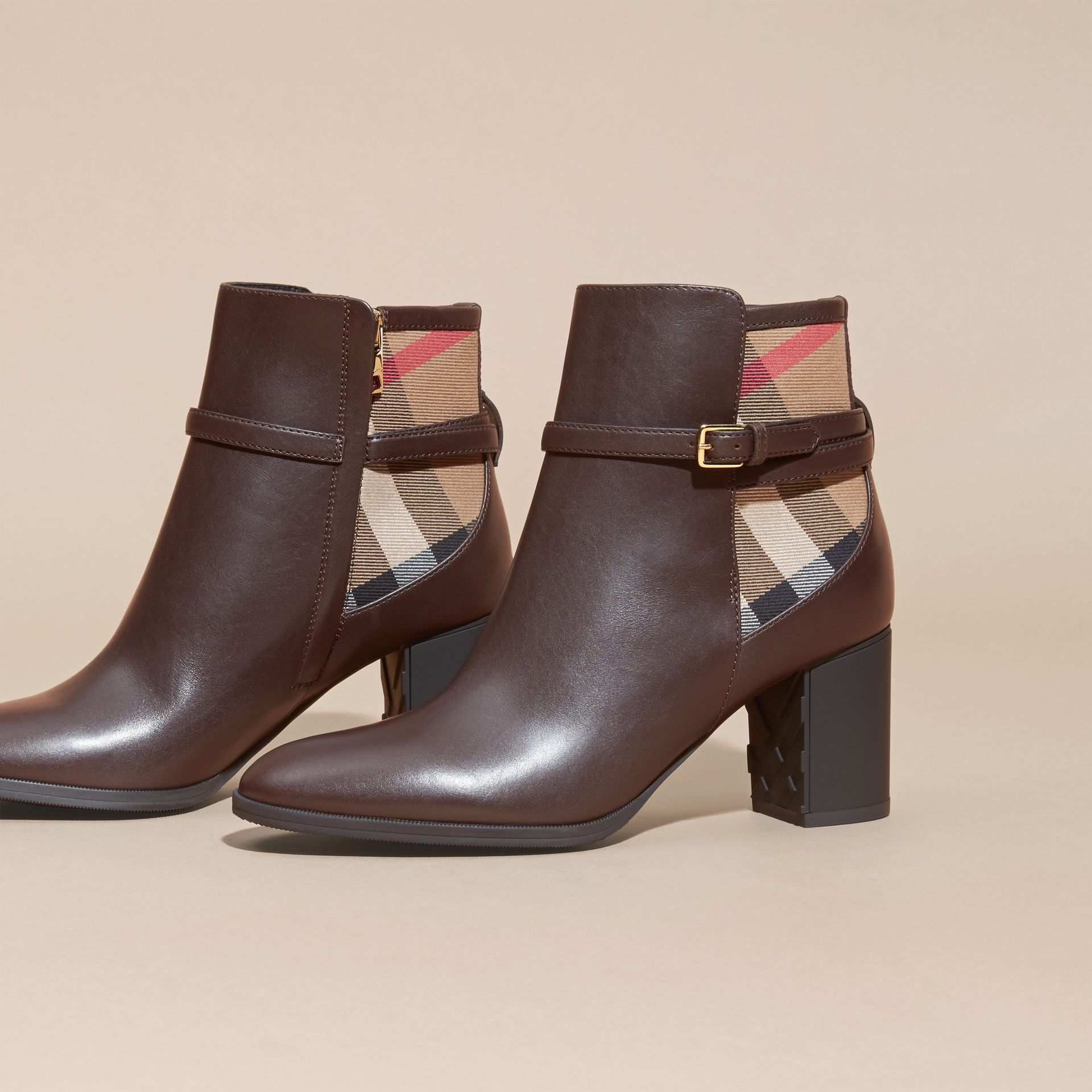 Noisette Bottines en cuir et coton House check Noisette - photo de la galerie 3