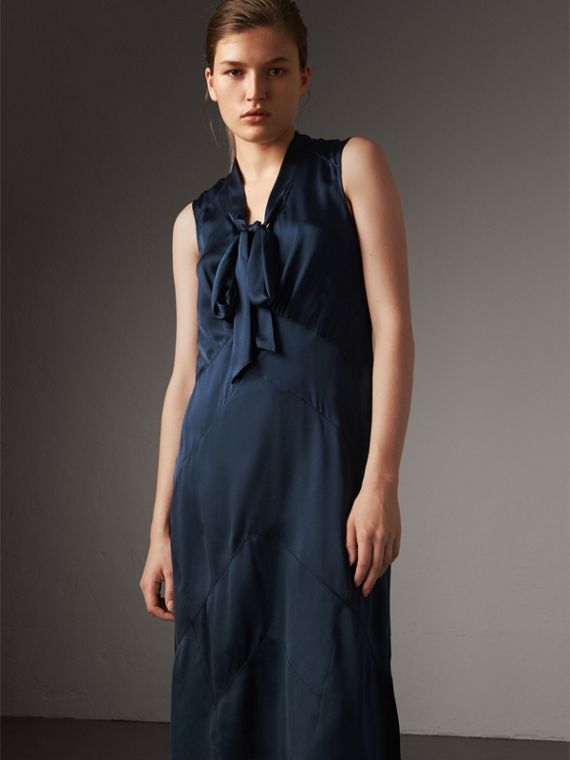 Washed Silk Satin Tie-neck Dress in Navy
