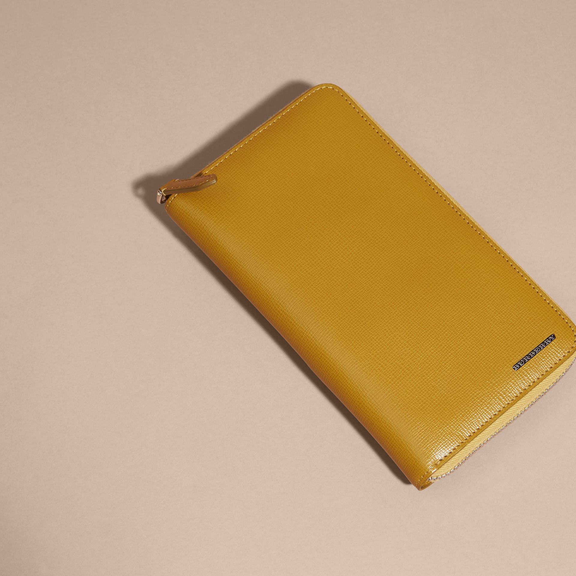 London Leather Ziparound Wallet in Larch Yellow - gallery image 5