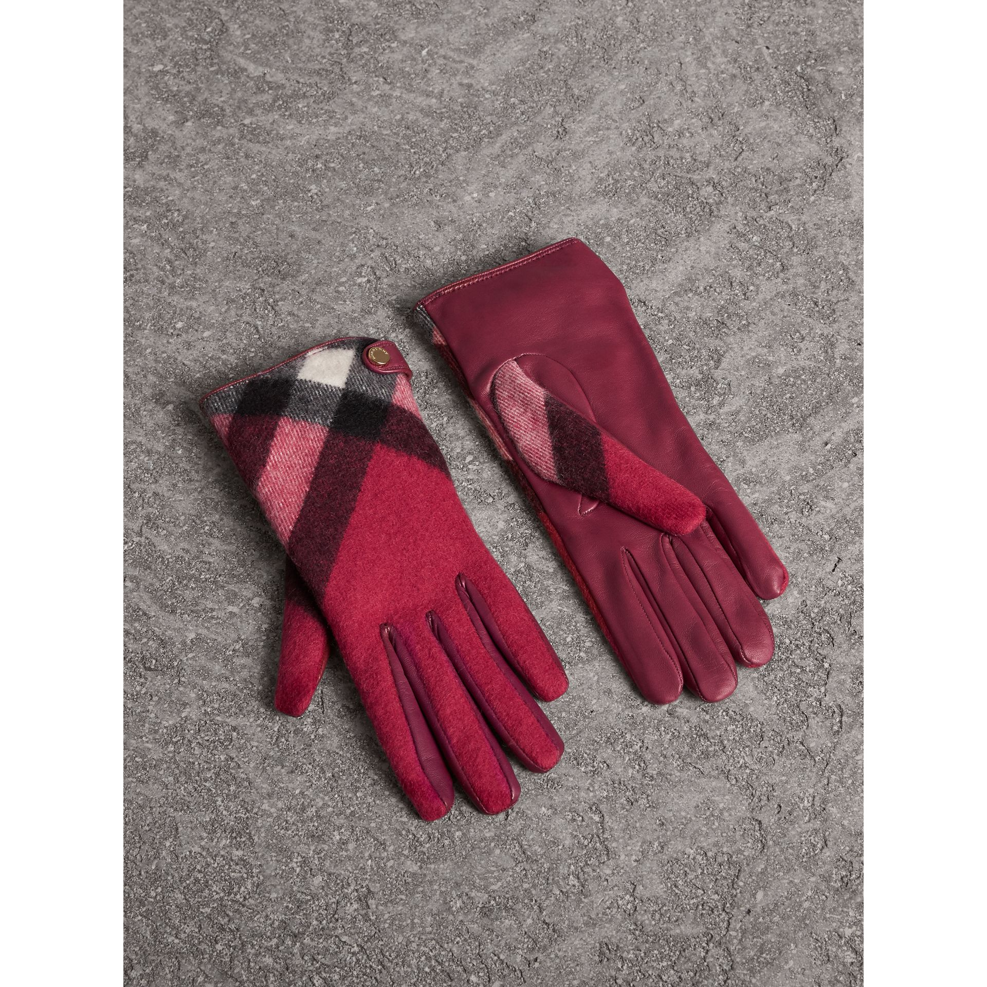 Leather and Check Cashmere Gloves in Fuchsia - Women | Burberry United States - gallery image 1