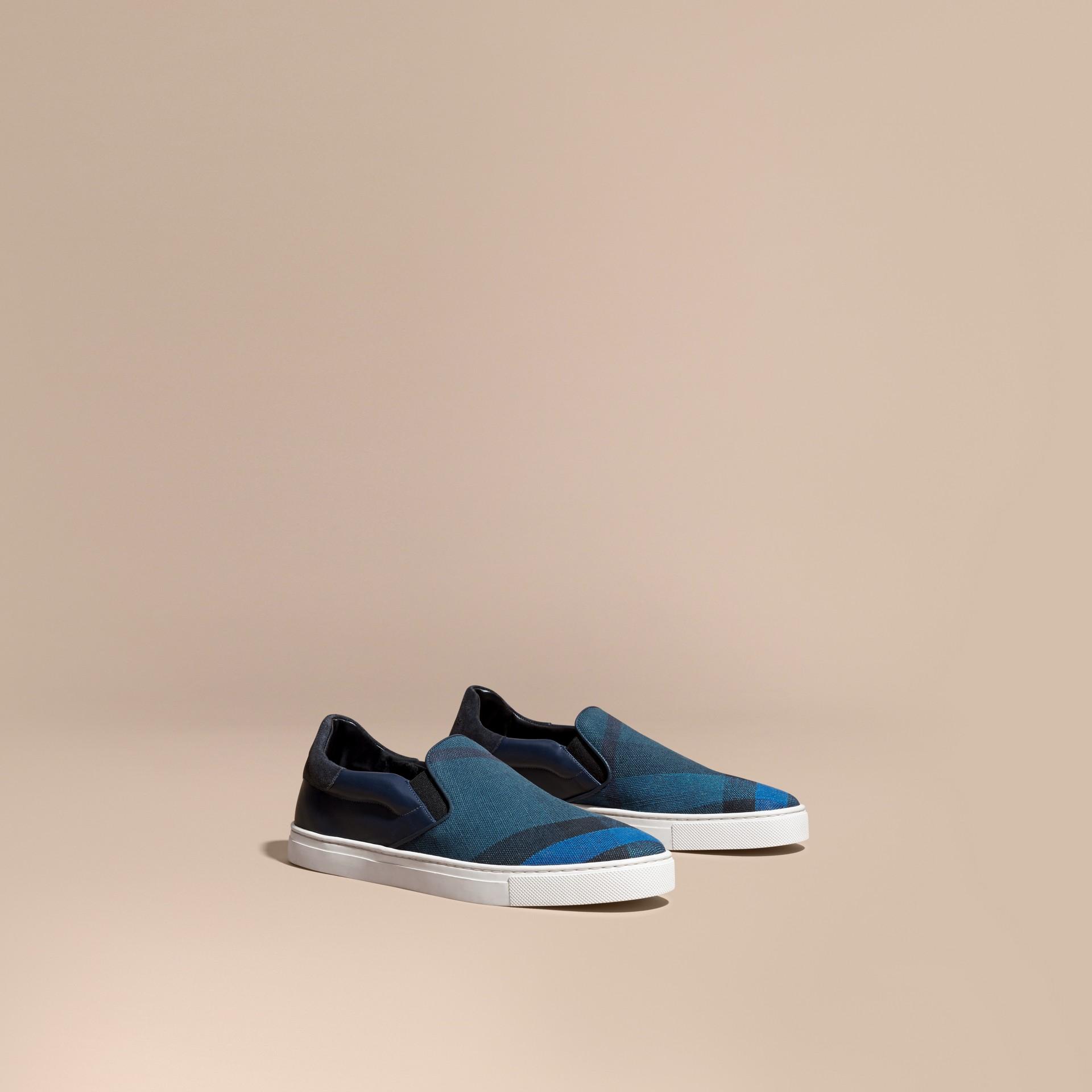 Azul ultramar/negro Zapatillas deportivas sin cordones de piel y checks Canvas Azul Ultramar/negro - imagen de la galería 1