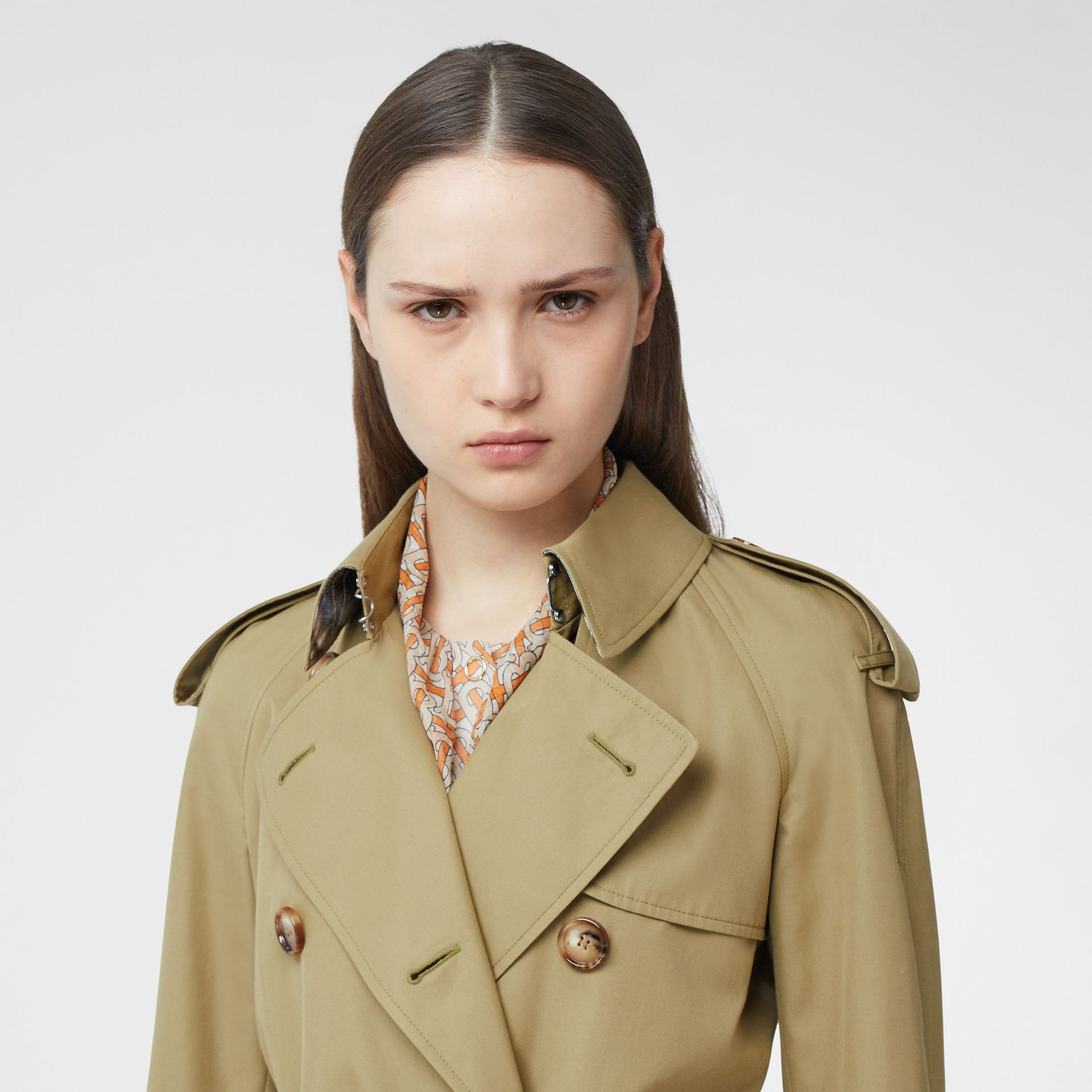 Animalia Print-lined Cotton Gabardine Trench Coat in Rich Olive - Women | Burberry - gallery image 1