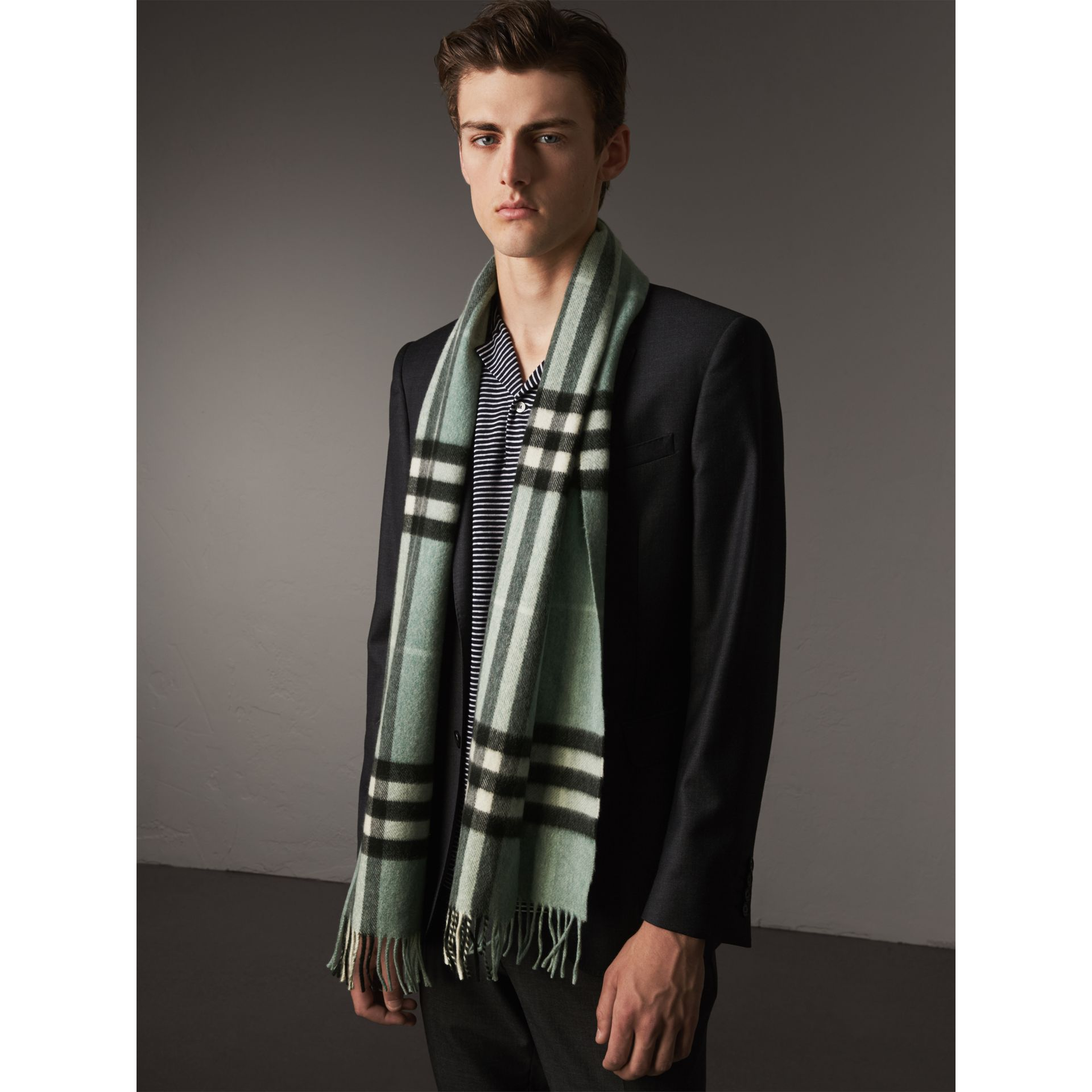 The Classic Cashmere Scarf in Check in Dusty Mint | Burberry Singapore - gallery image 4