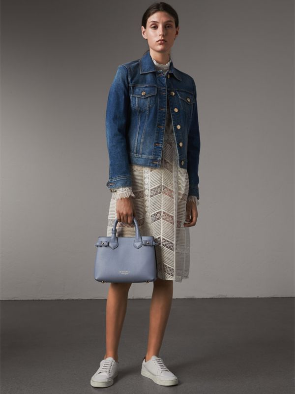 The Banner piccola in pelle con motivo House check (Blu Ardesia) - Donna | Burberry - cell image 2