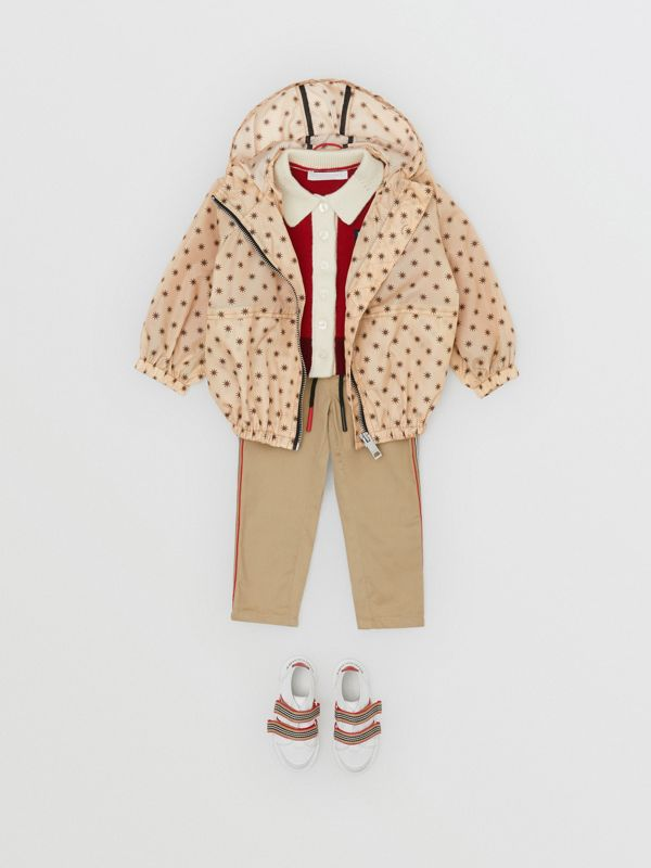 Star Print Lightweight Hooded Jacket in Military Red - Children | Burberry Singapore - cell image 3