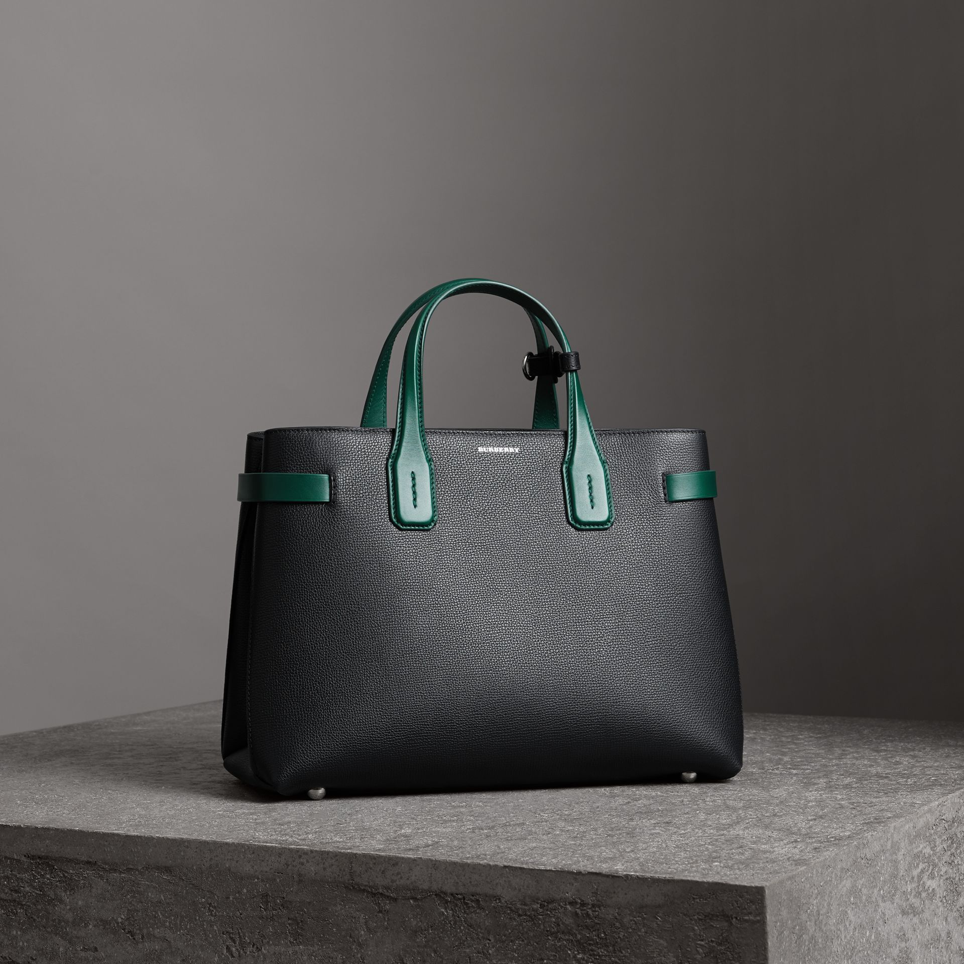The Medium Banner in Two-tone Leather in Black/sea Green - Women | Burberry United Kingdom - gallery image 0