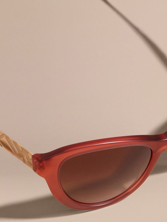 Red 3D Check Cat-eye Sunglasses Red - cell image 2