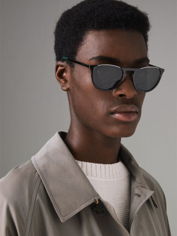 Keyhole Pilot Round Frame Sunglasses in Tortoise Shell - Men | Burberry Australia - cell image 3