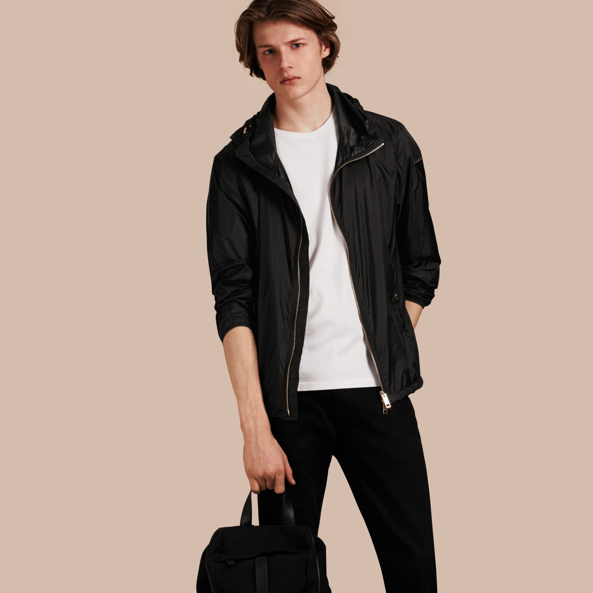 Hooded Super-lightweight Jacket Black - gallery image 1
