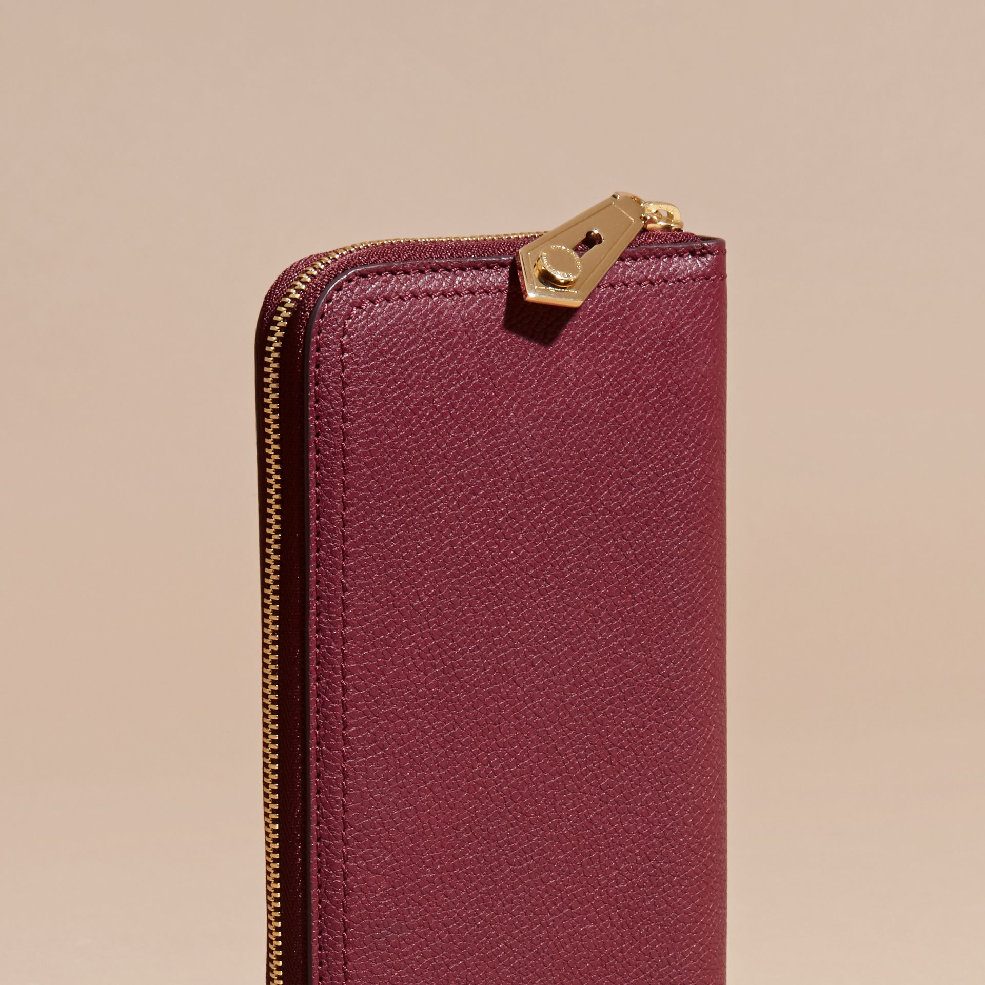 Dark plum Grainy Leather Ziparound Wallet Dark Plum - gallery image 3