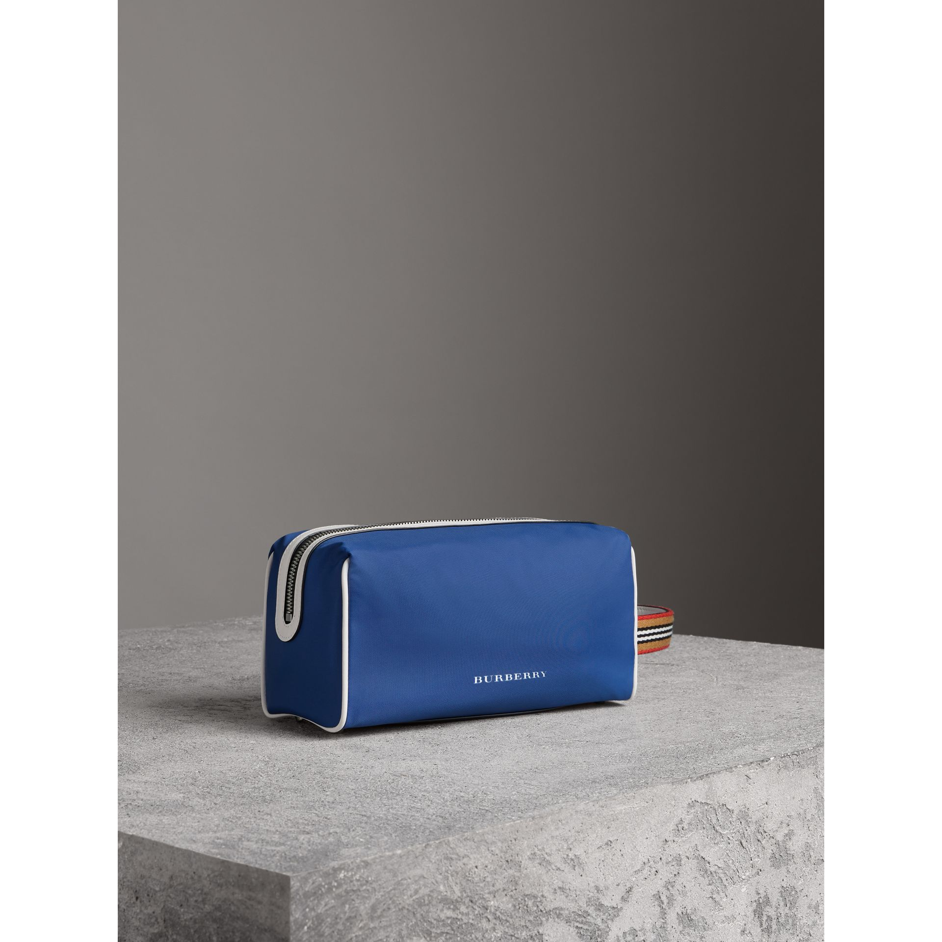 Heritage Ribbon Detail Nylon Pouch in Dark Canvas Blue | Burberry - gallery image 4