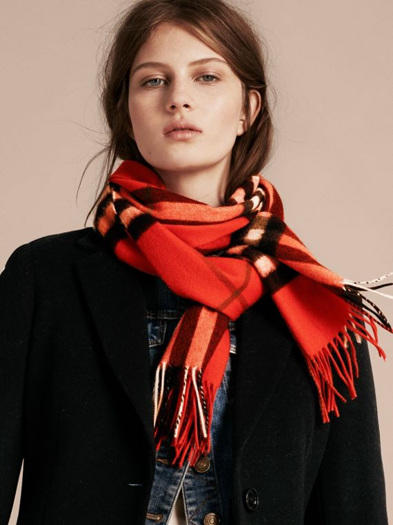 The Classic Cashmere Scarf in Check  Bright Orange Red - cell image 2