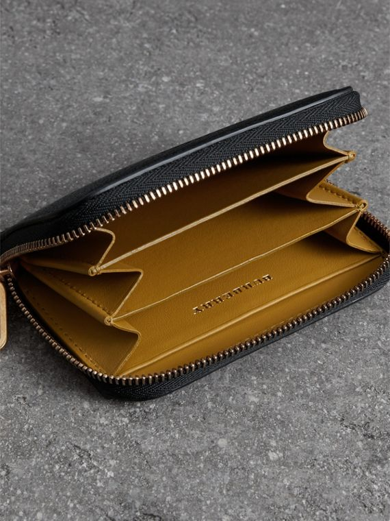 Link Detail Leather Ziparound Wallet in Black - Women | Burberry - cell image 3