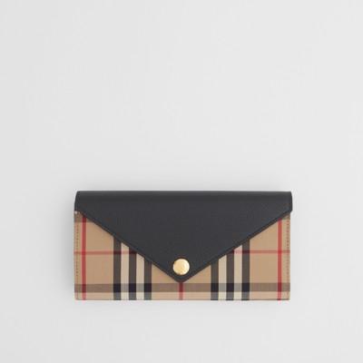 バーバリーの人気レディース財布コンチネンタルウォレット