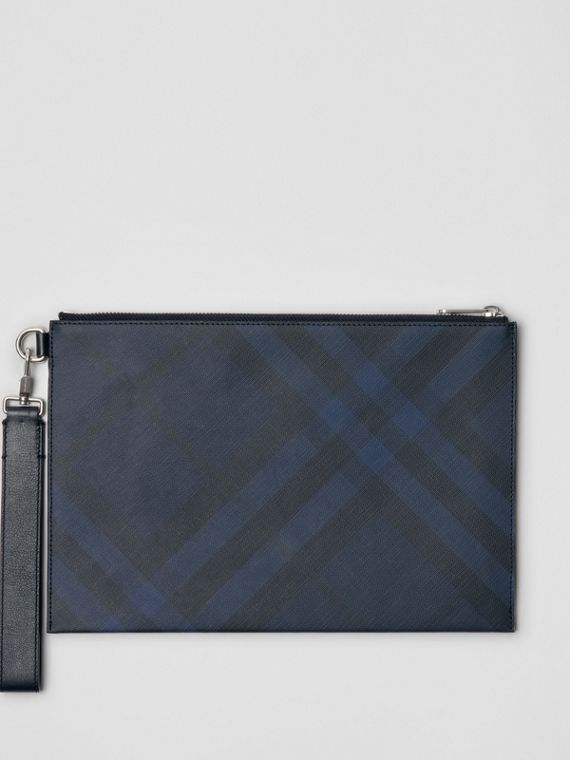 London Check Zip Pouch in Navy/black