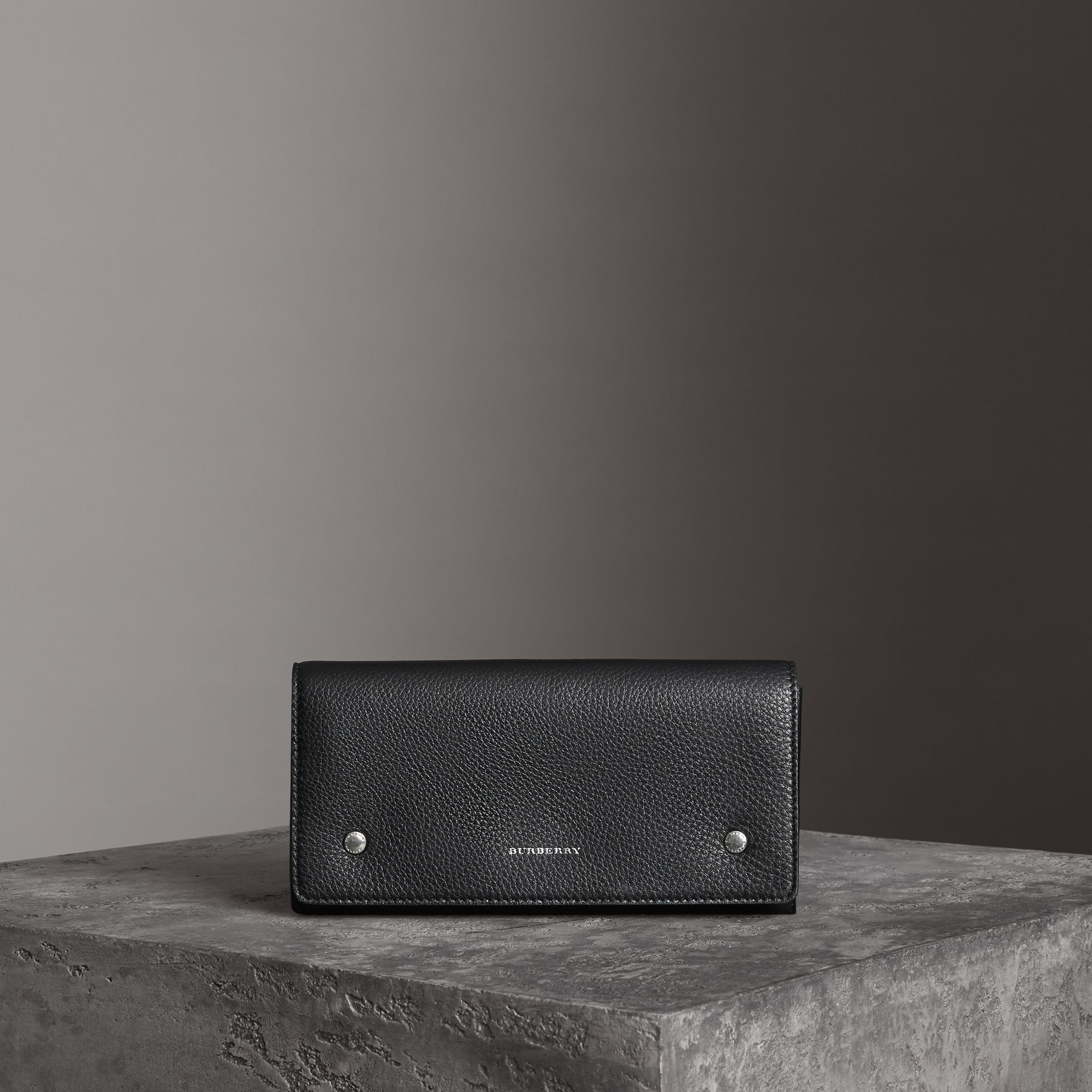 Two-tone Leather Continental Wallet in Black - Women | Burberry - gallery image 0