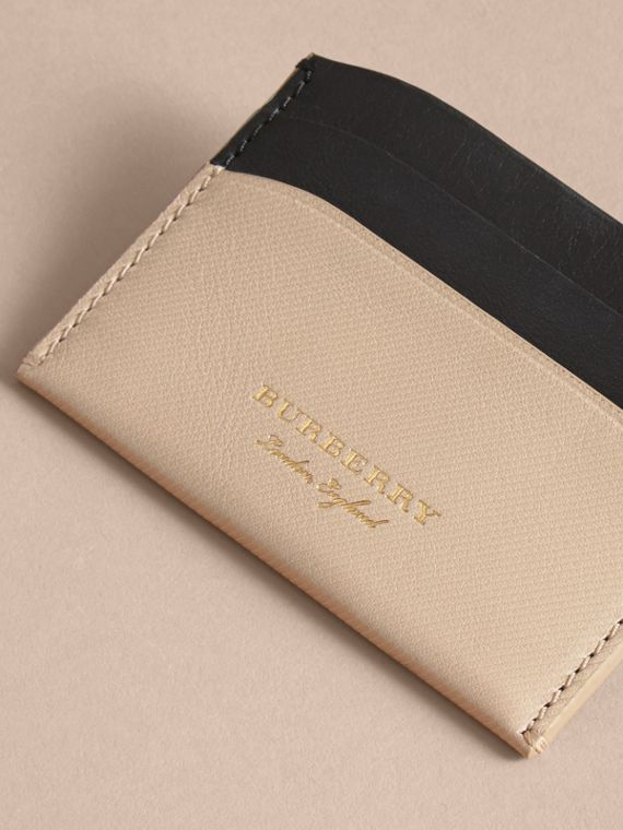 Two-tone Trench Leather Card Case in Limestone/ Black - Women | Burberry - cell image 2