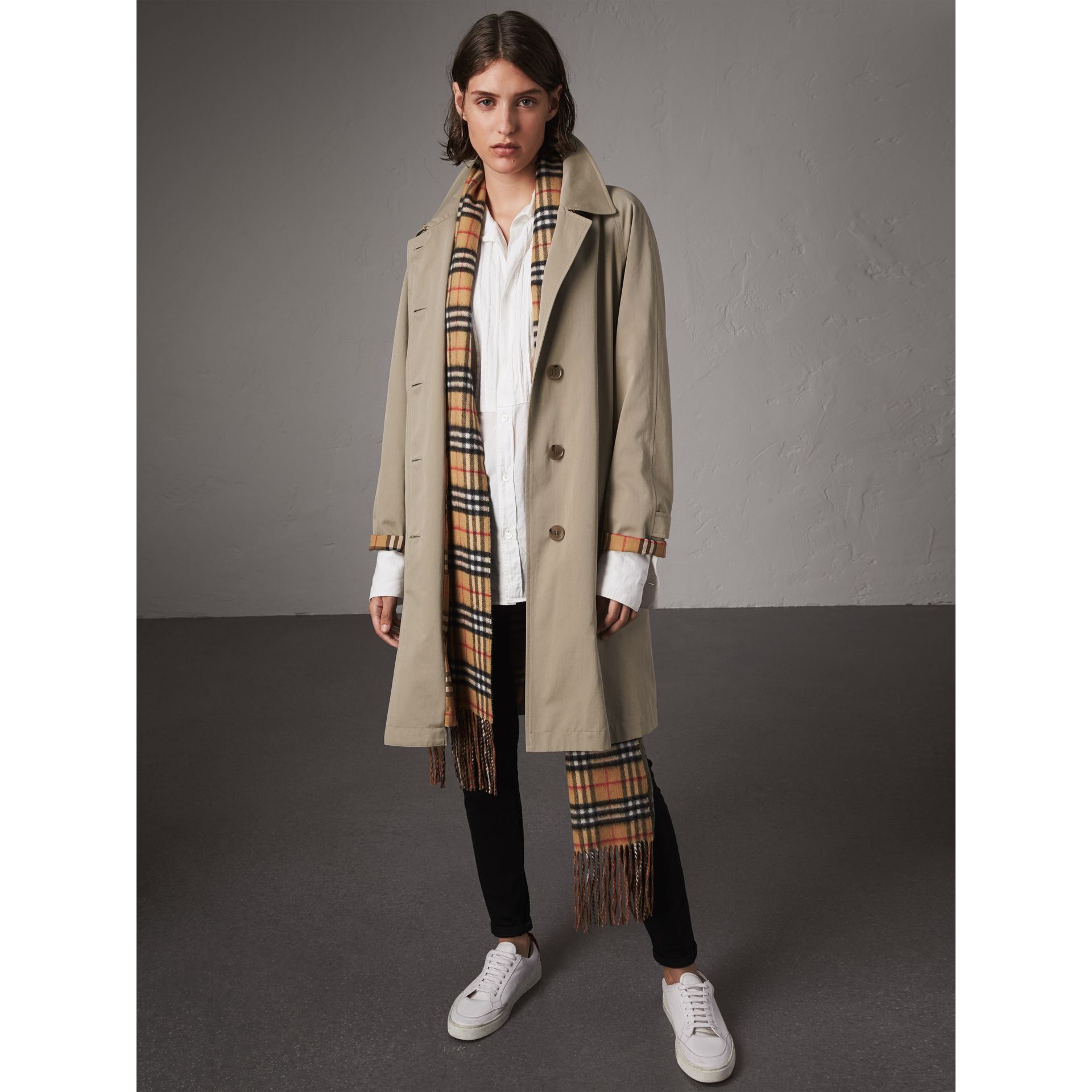 The Camden – Long Car Coat in Sandstone - Women | Burberry Singapore - gallery image 1