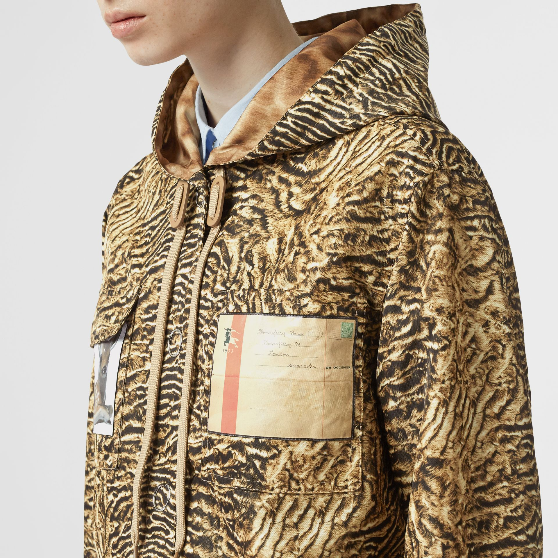 Tiger Print Lightweight Hooded Jacket in Beige - Women | Burberry - gallery image 4