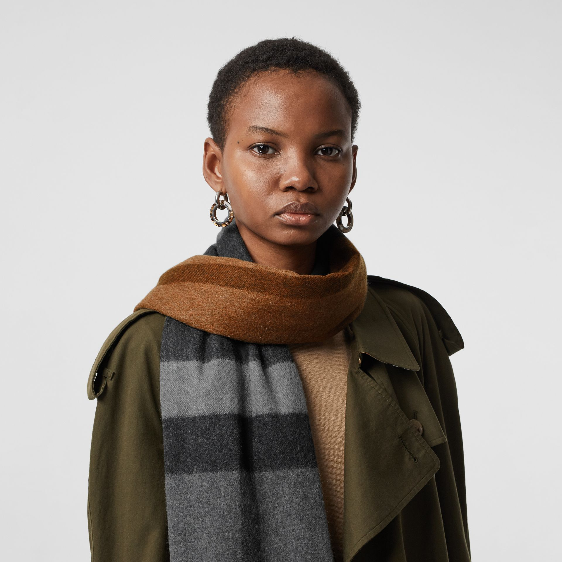 Colour Block Check Cashmere Scarf in Toffee | Burberry Canada - gallery image 5