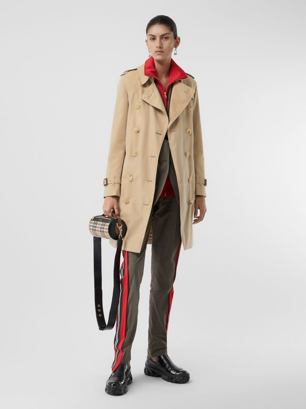 The Mid-length Kensington Heritage Trench Coat in Honey - Women | Burberry United Kingdom - cell image 2