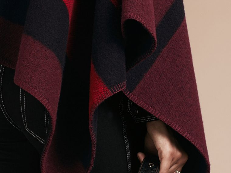 Oxblood Check Wool and Cashmere Blanket Poncho Oxblood - cell image 4