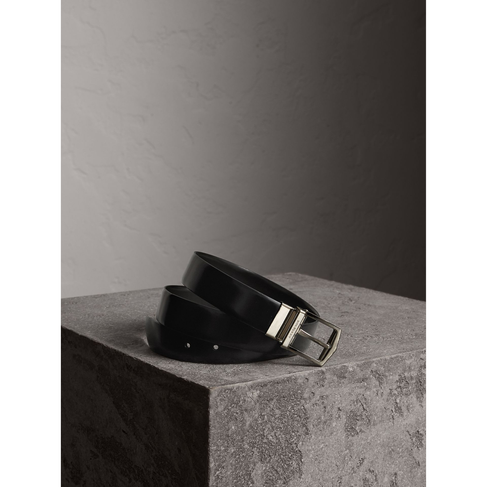 Reversible Bridle Leather Belt in Black/chocolate - Men | Burberry United Kingdom - gallery image 1